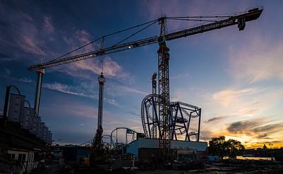 crane roller coaster & towers Stockholm amusement park