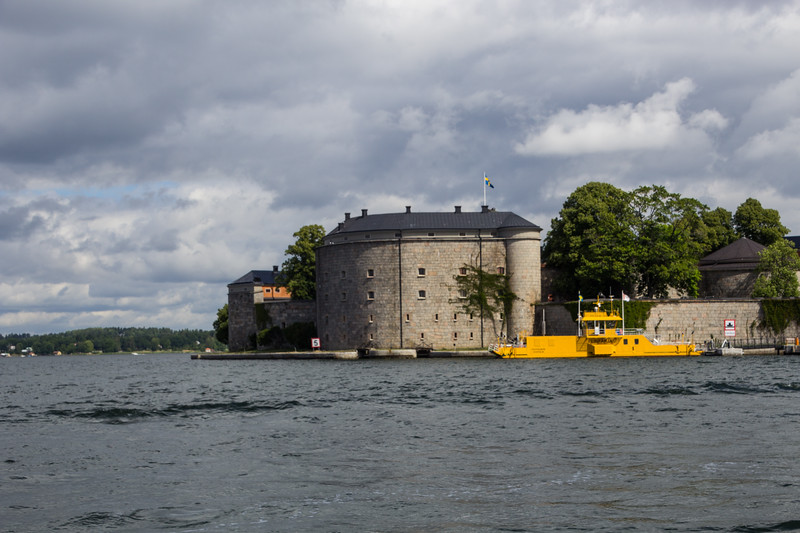 Vaxholm Citadel in the Stockholm Archipelago (©simon@sixlegswilltravel.com)