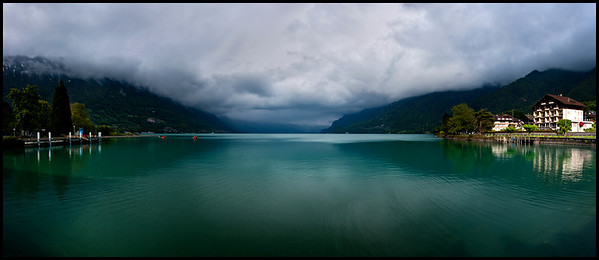 Lake Brienz panorama