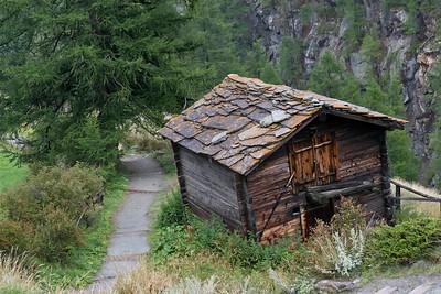 Switzerland 372