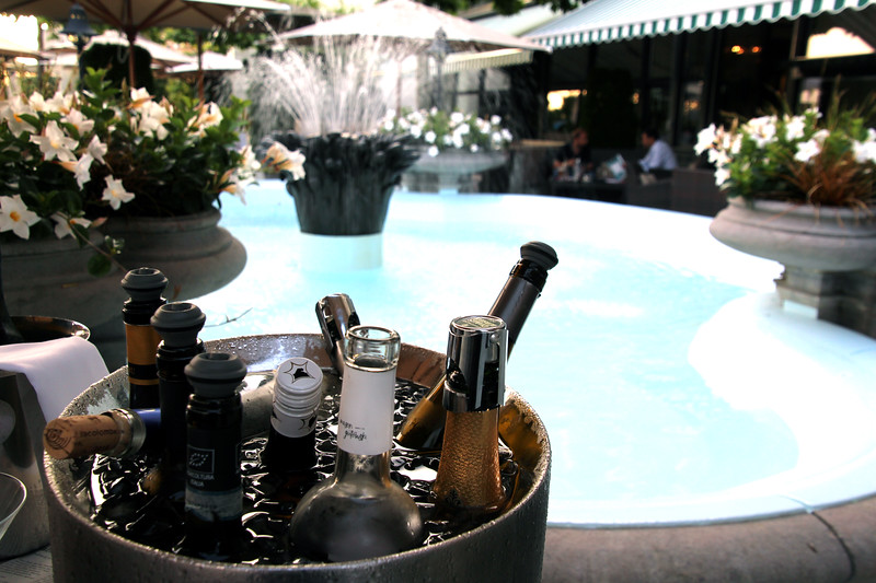 Switzerland, Lake Geneva Region, Dining Patio, Hotel des Trois Couronnes