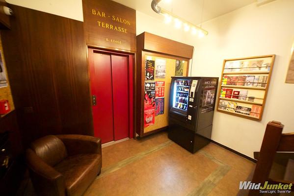 Elevator at lobby at Minotel Crystal Hotel