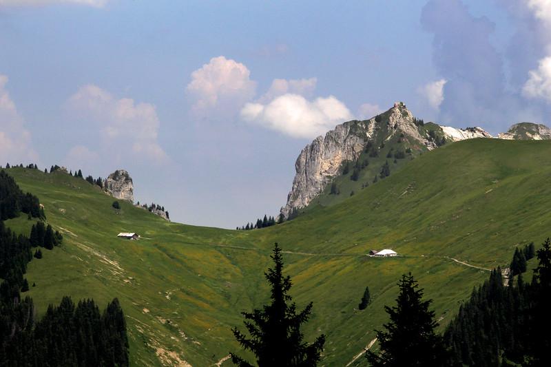 Switzerland, Pays-d'Enhaut, Alpine Landscape