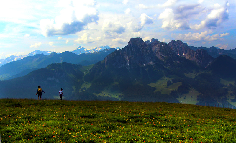 Switzerland, Mountain View near Gstaad