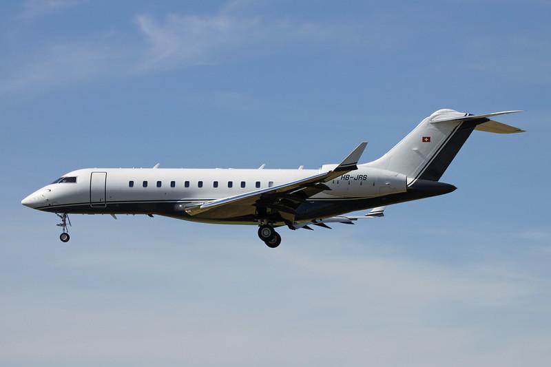 HB-JRS Bombardier Global 5000 BD-700-1A11 c/n 9174 Paris-Le Bourget/LFPB/LBG 10-07-16