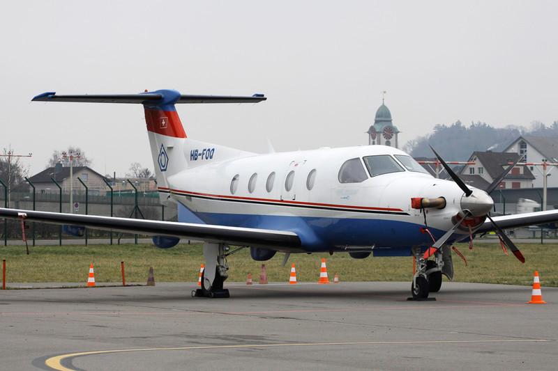 HB-FOQ Pilatus PC-12-45 c/n 349 Zurich/LSZH/ZRH 26-01-12