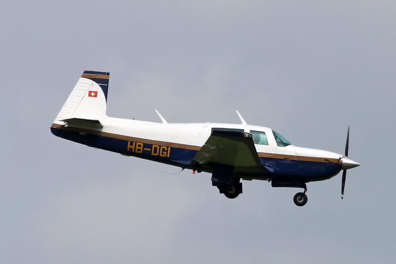HB-DGI Mooney M.20K c/n 25-0693 Zurich/LSZH/ZRH 08-09-17