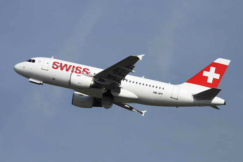 HB-IPY Airbus A319-112 c/n 0621 Dusseldorf/EDDL/DUS 20-04-17