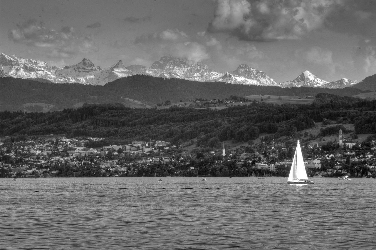 Lake Zurich and mountains in the back - Zurich, Switzerland