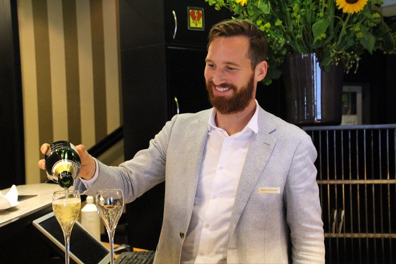 Switzerland, Zurich, Hotel Ambassador, Welcome Champagne