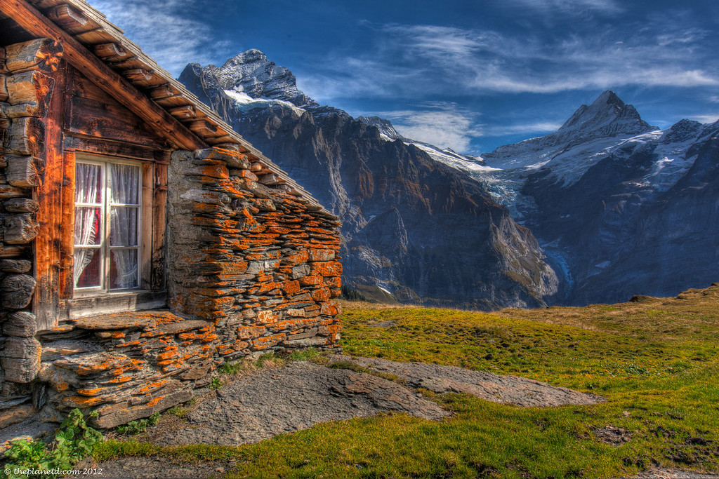 Switzerland Bond location