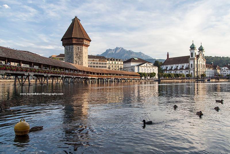 Kapellbrücke and Mount Pilatus, Lucerne, Switzerland.