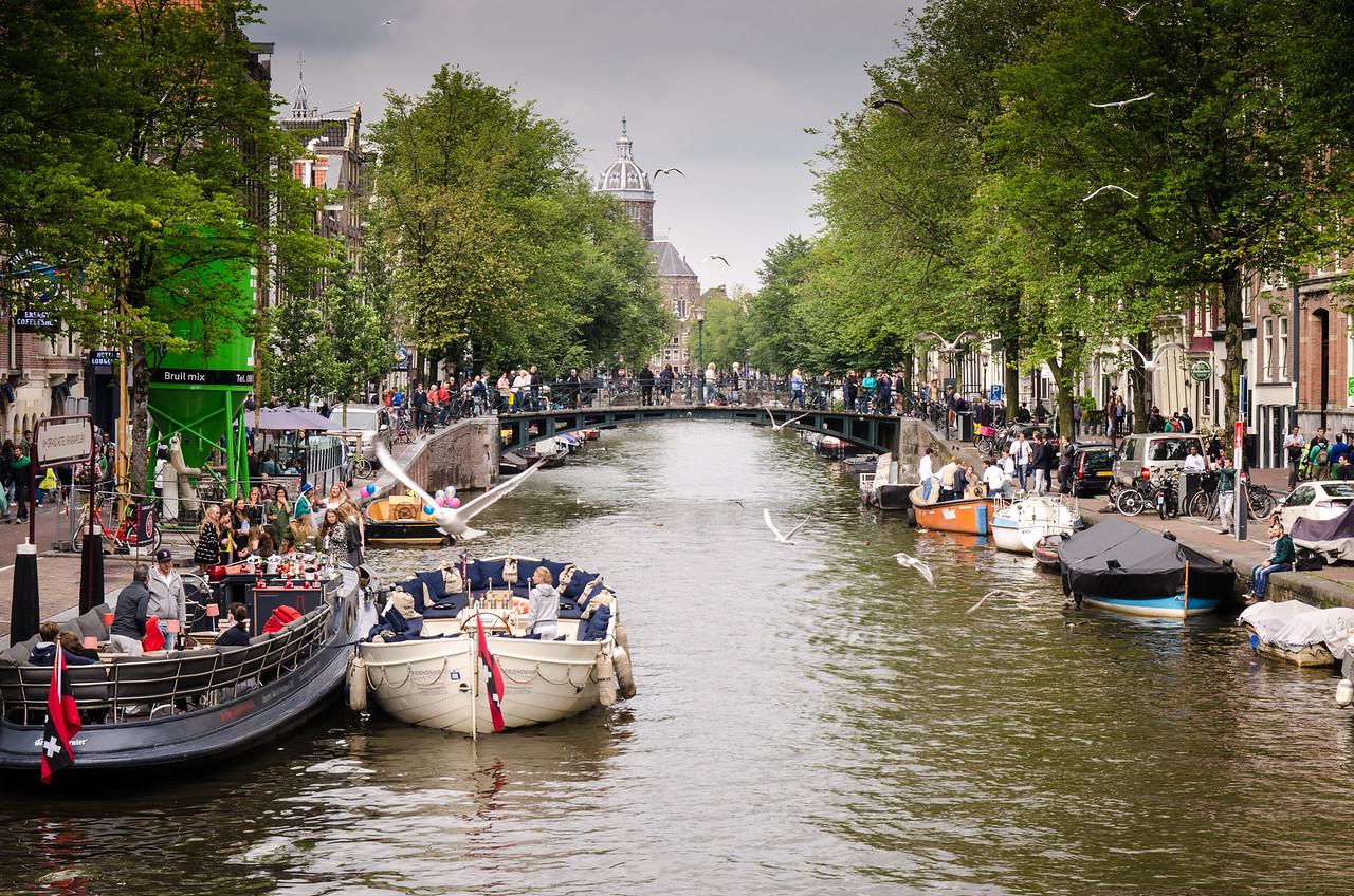 Ousdezijds Voorburgwal, central Amsterdam.