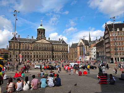 Dam Square in summer