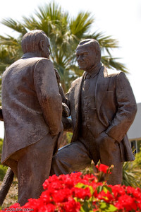 Kültür Park - Statue of Atatürk (right) conferring with İsmet İnönü, who served as the first Prime Minister of the Turkish Republic and later became the second President of the country following Atatürk's death.
