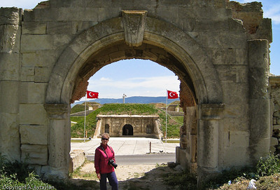"An ""I was there"" photo op at the original entrance to Namazgah Tabyası (battery)."