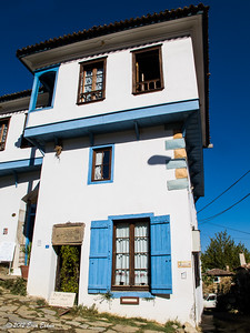 Ṣirince - strolling around town; Kırkınca Evleri is one of the many boutique hotels in this small town. 20 Oct 2012