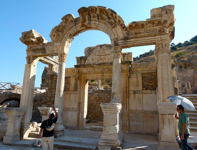 Ephesus cruise excursion travel tips for the boomer traveler. #turkey #excursion