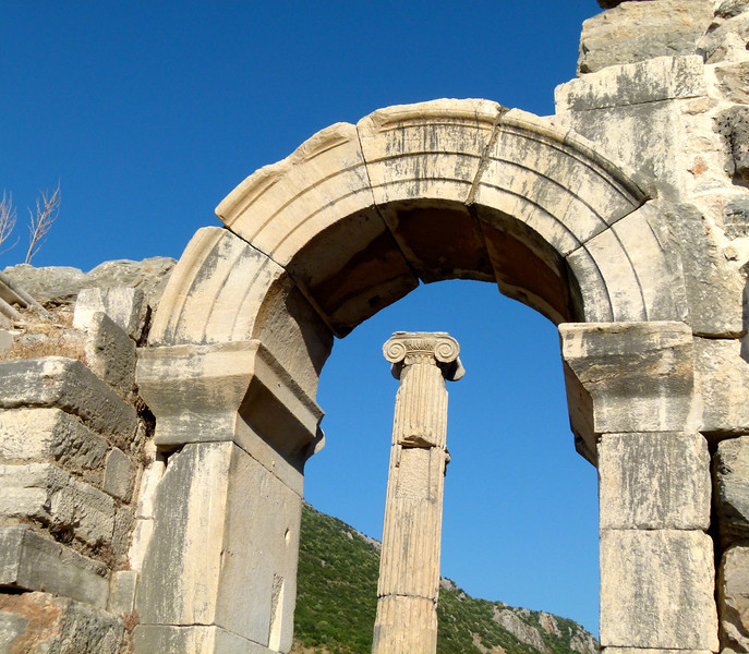 Arch and column in Ephesus