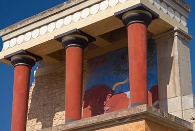 bull bas relief Knossos Palace