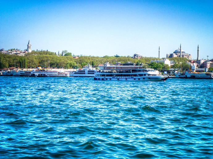 Bosporus boats