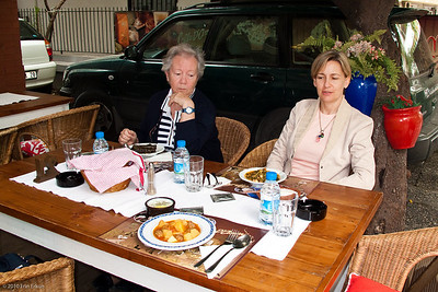 19 April 2010 - Around Alsancak Lunch at Amore with Mom and Aylin.