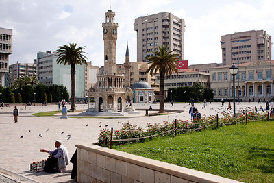 20 April 2010 - Konak The two iconic buildings of the square: Saat Kulesi (Clock Tower), which dates back to 1901, and Konak Camii (Konak Mosque), which was first constructed in 1755.