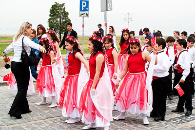 """19 April 2010 - Around Alsancak Festivities in preparation for """"23 Nisan"""" - National Sovereignty and Children's Day."""