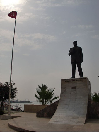 ataturk statue tasucu turkey