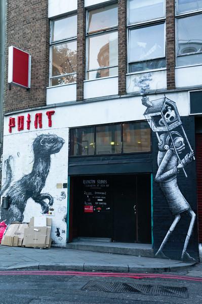 London street art by ROA (left) & Phlegm (right)