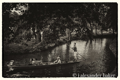 Punting on River Cherwell, Oxford