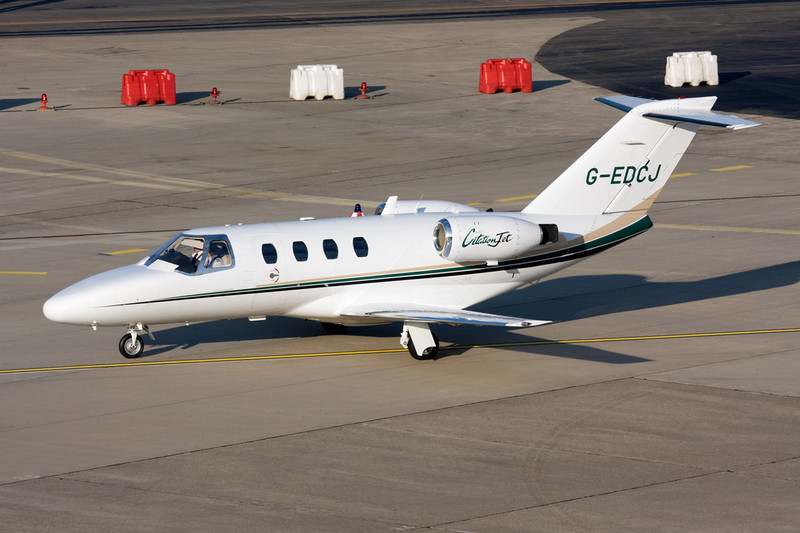 G-EDCJ Cessna 525 Citation Jet c/n 525-0105 Dusseldorf/EDDL/DUS 19-12-07