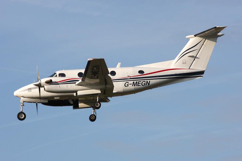 G-MEGN Beech B200 Super King Air c/n BB-1518 Paris-Le Bourget/LFPB/LBG 01-10-14