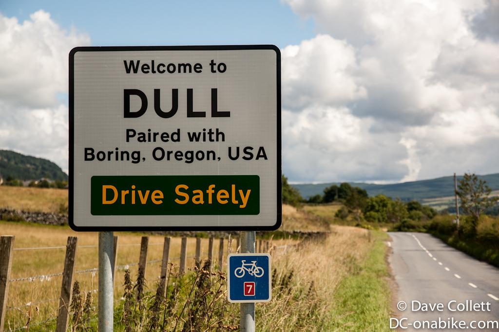 Hehe, Dull and Boring