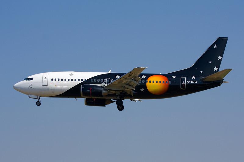 "G-ZAPZ Boeing 737-33AF ""Titan Airways"" c/n 25401 Barcelona-El Prat/LEBL/BCN 29-06-08"