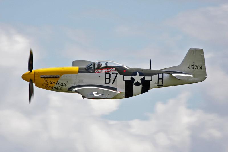 G-BTCD (B7-H/413704) North American P-51D Mustang c/n 122-39608 Duxford/EGSU 12-07-09