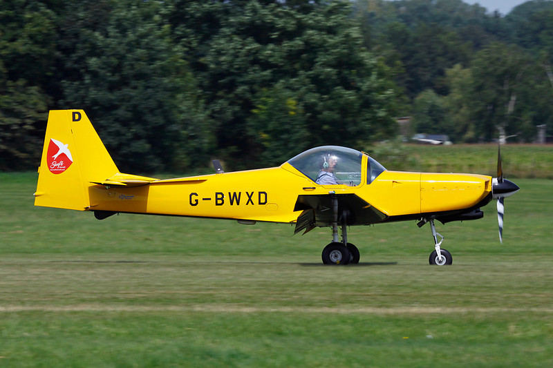 G-BWXD (D) Slingsby T.67M 260 Firefly c/n 2239 Schaffen-Diest/EBDT 12-08-12