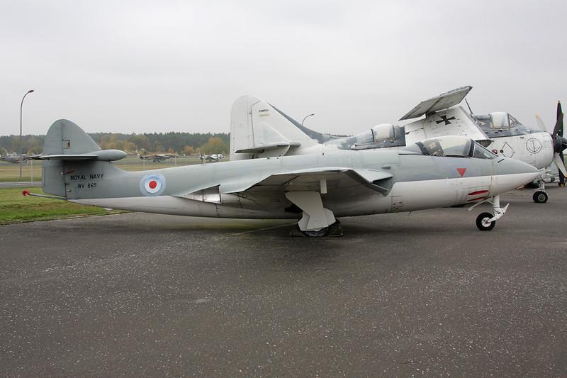 """WV865 Hawker Sea Hawk FGA.6 """"Royal Navy"""" c/n 6110 Berlin-Gatow/EDBG/GWW 21-10-09"""