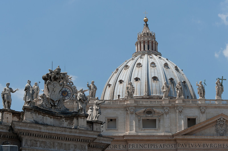 Statues on the roof of St Peter's Basilica in Vatican City, Rome, Italy