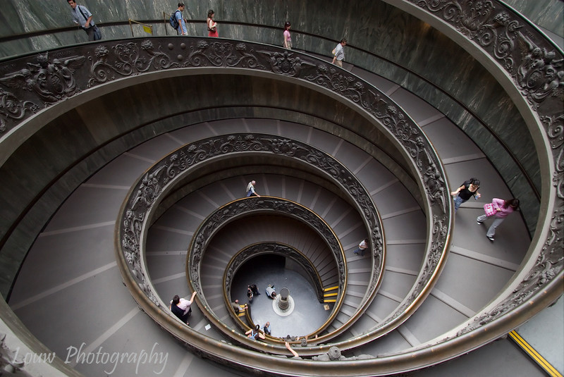 "Staircase in <a target=""NEWWIN"" href=""http://en.wikipedia.org/wiki/Vatican_Museums"">Vatican Museums</a>, Vatican City"