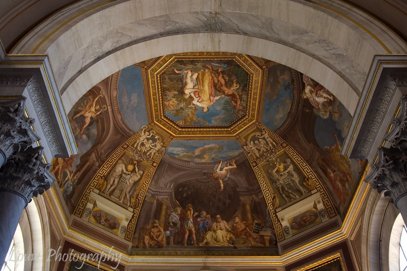 "Frescoes in the Sala delle Muse, <a target=""NEWWIN"" href=""http://en.wikipedia.org/wiki/Vatican_Museums"">Vatican Museums</a>, Vatican City"