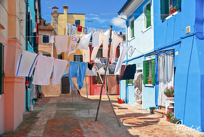 drying laundry under the sun
