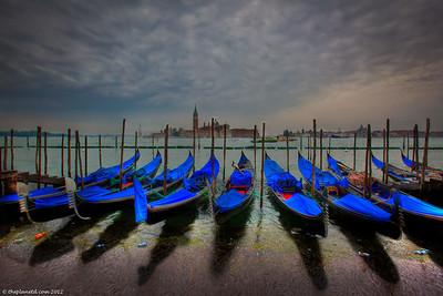 Venice-italy-gondolas-1