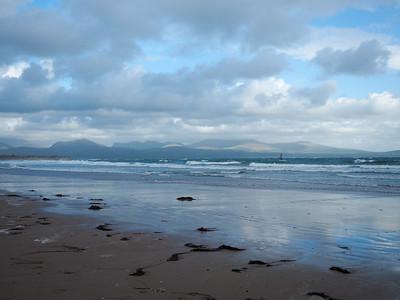 Ynys Llanddwyn beach