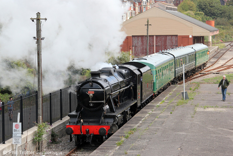 Former TCDD Stanier 8F 2-8-0 no. 45160 approaches Barry Island on 3rd September 2011.
