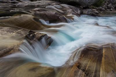 Flowing III