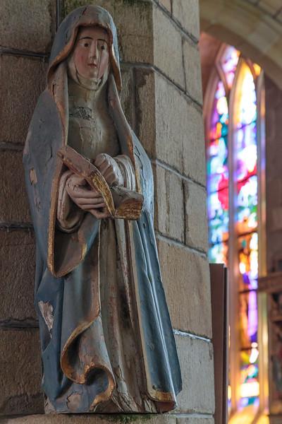 Medieval statue, Notre-Dame-de-la-Tronchaye,  Rochefort en Terre, Brittany