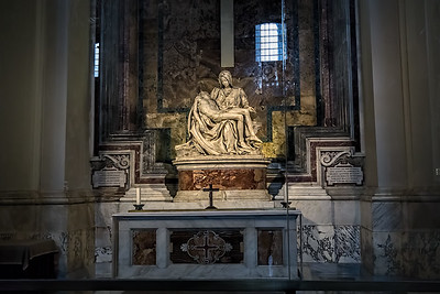 St_Peters_Basilica_0196_2800