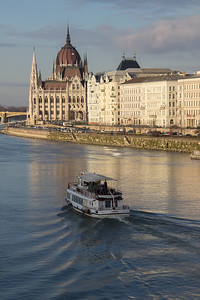 Parliament across the Danube, Budapest