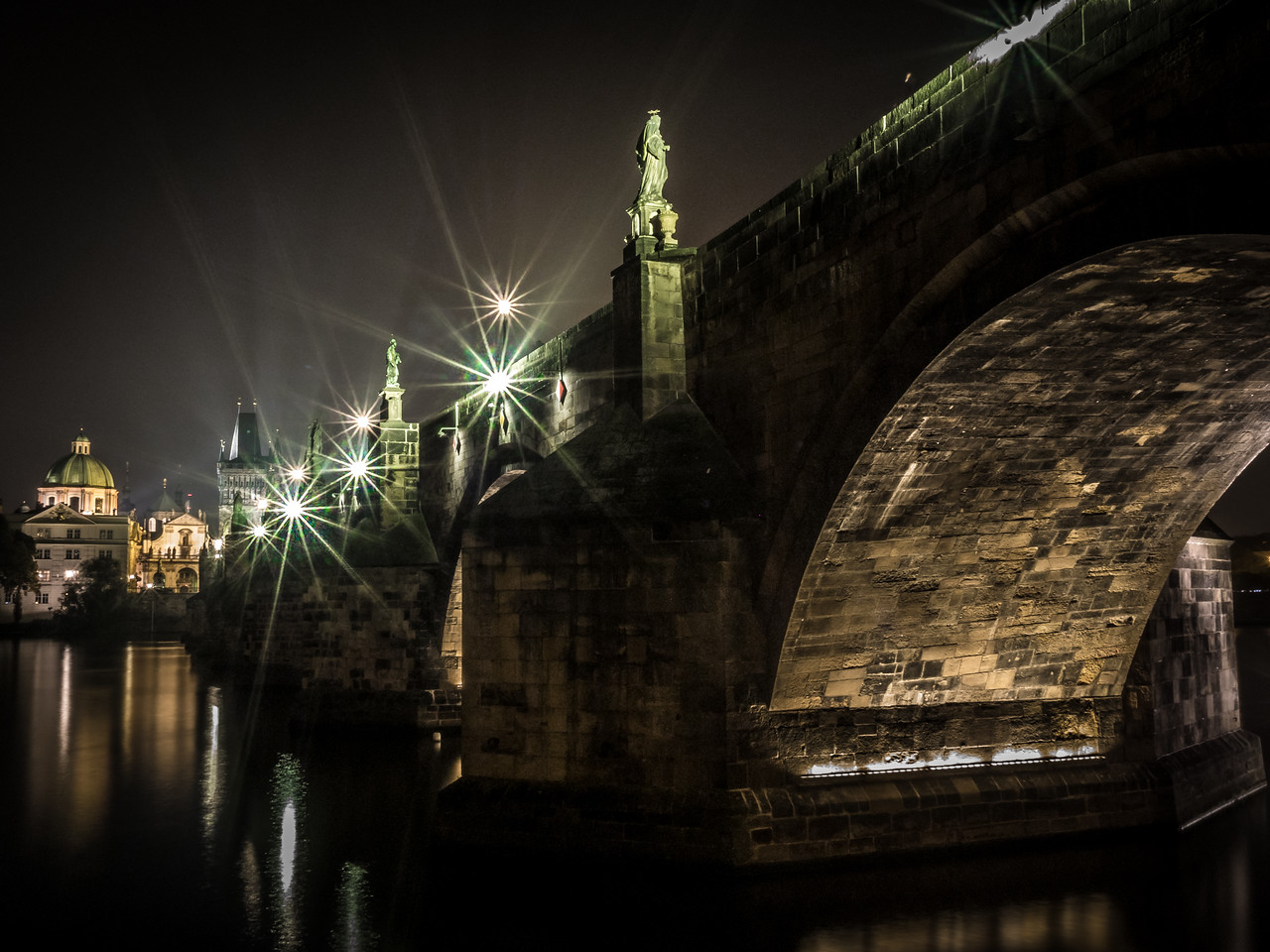 Charles Bridge at night, Prague (Praha), Czech Republic (V2)